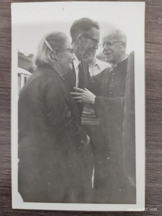 Dona Luísa e Seu Clemente com o Cardeal dom Vicente Scherer