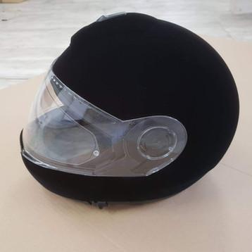 Flokowany kask motocyklowy