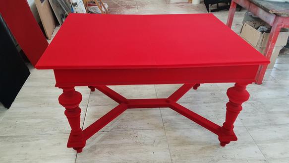 Flokowany stół