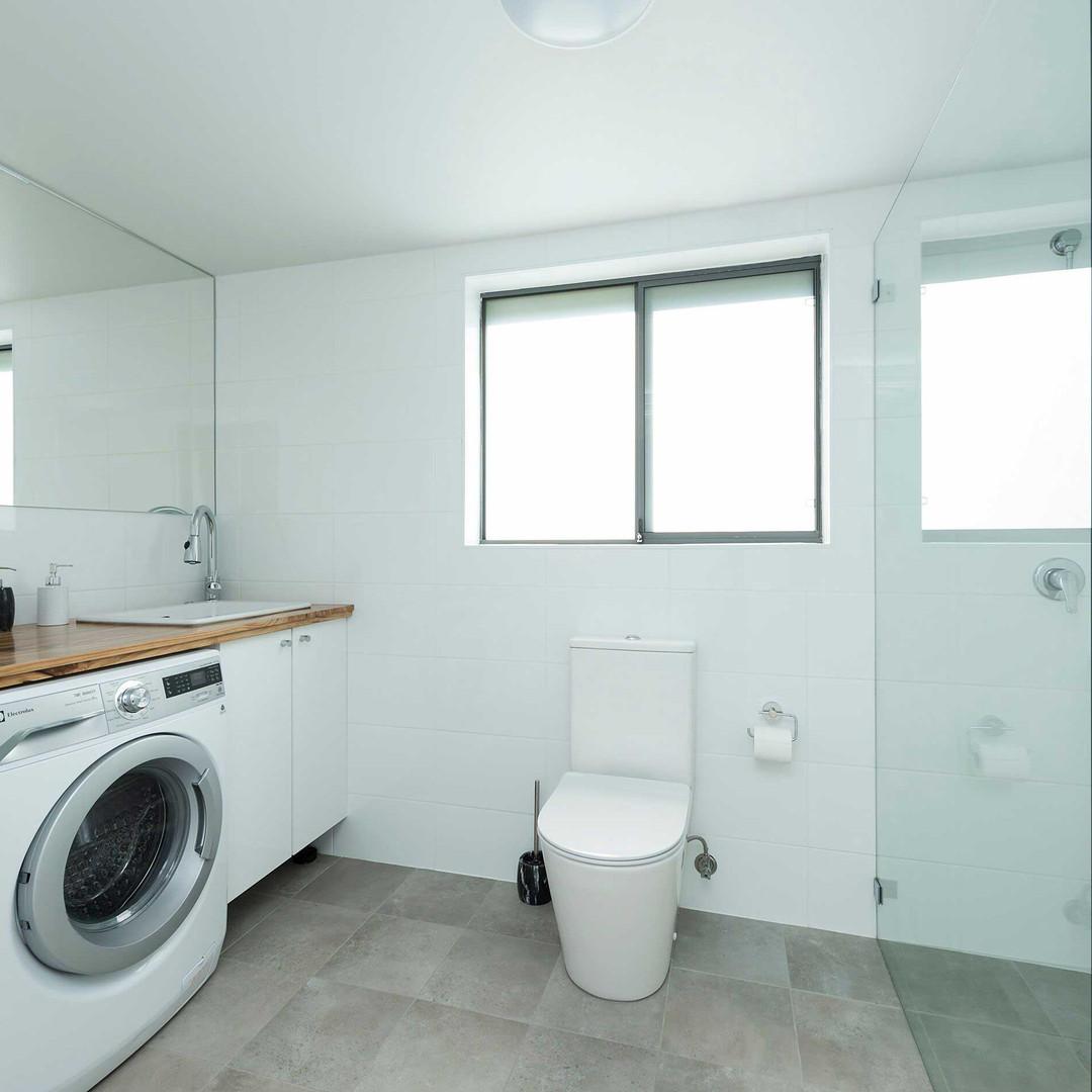 modern-wood-with-laundry.jpg