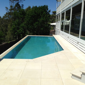 Double wet edge or infinity pool