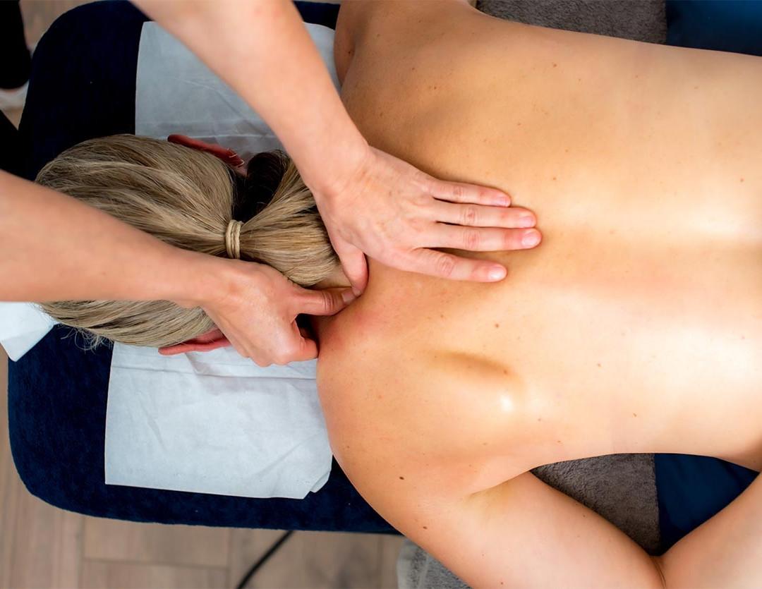 vanessa-massage-neck.jpg