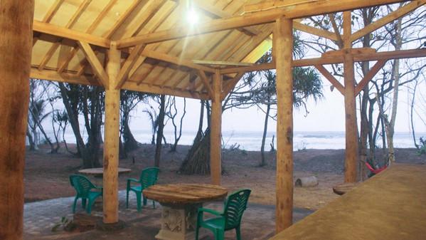 villas-outside-communal-area.jpg