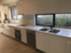 modern_white_kitchen_central_coast_inter