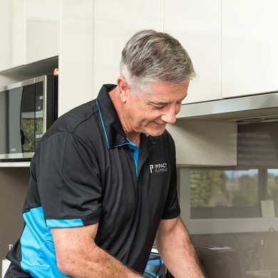 Tony-gas-cooktop-install.jpg