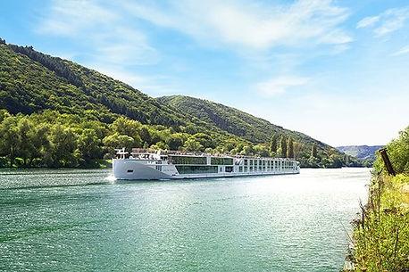 Crystal_River_Cruises.jpg