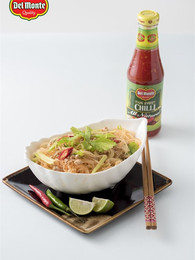 Thai Spicy and Sour Vermicelli Salad with Minced Meat