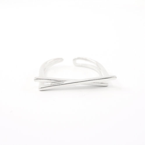 Sterling Silver Crossed Bars X Ring