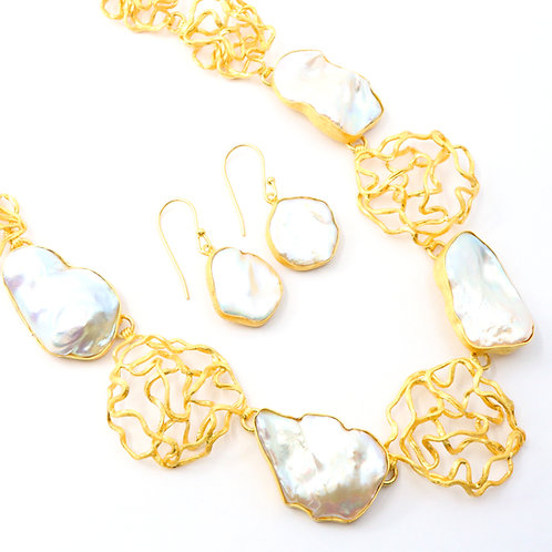 Freshwater Pearl Abstract Art Line Necklace Set
