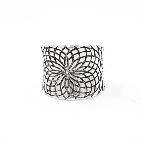 Sterling Silver Engraved Lotus Pattern Ring