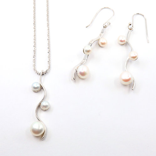 Classic S Shape Freshwater Pearl Necklace Set