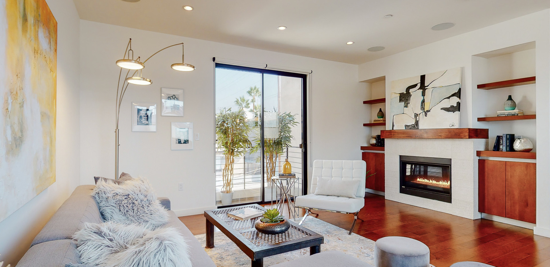 146 S Hayworth Ave-25.JPG