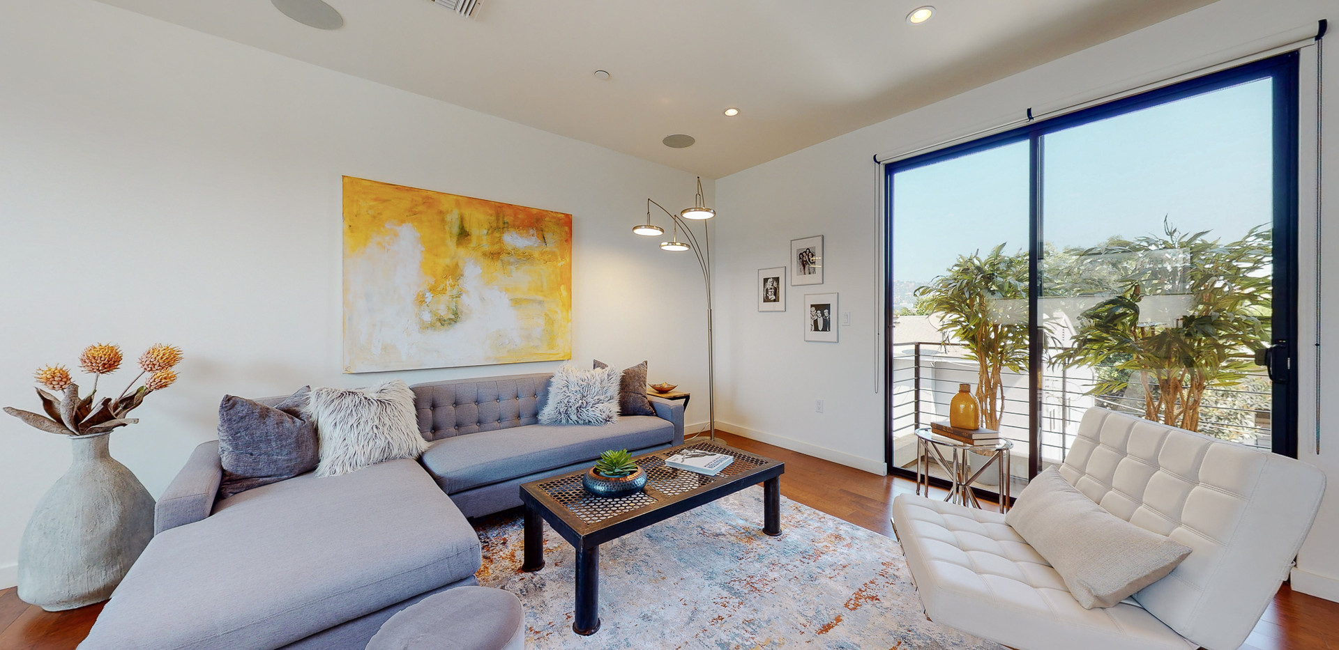 146 S Hayworth Ave-27.JPG