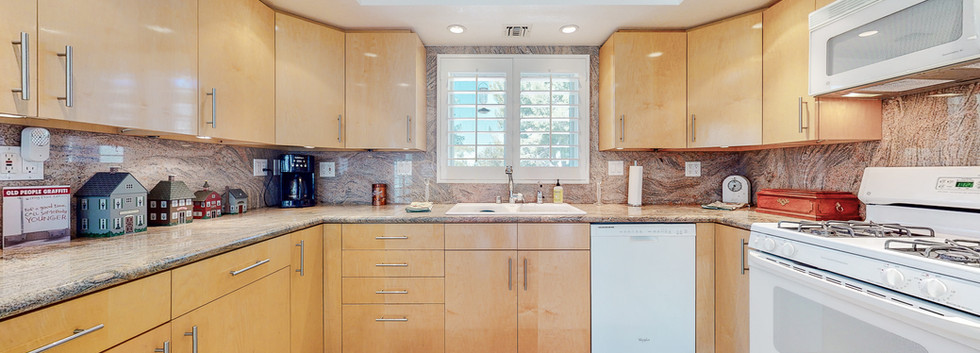 26127 Millstream Dr Guest House-5.JPG