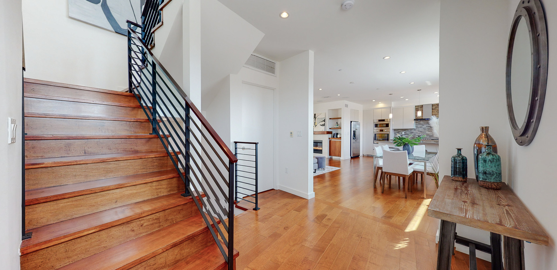 146 S Hayworth Ave-21.JPG
