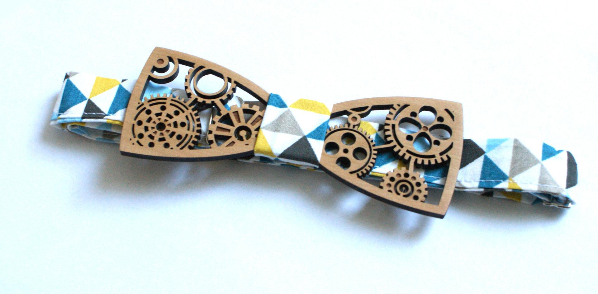 noeud papillon en bois sur mesure