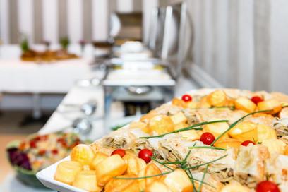 lunch-catering-PM87NJU.jpg