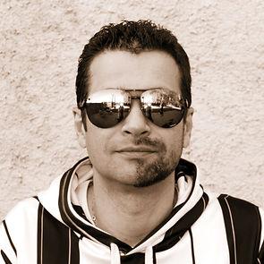 profilepic2.jpg