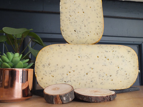 Tomme aux Orties Gouda