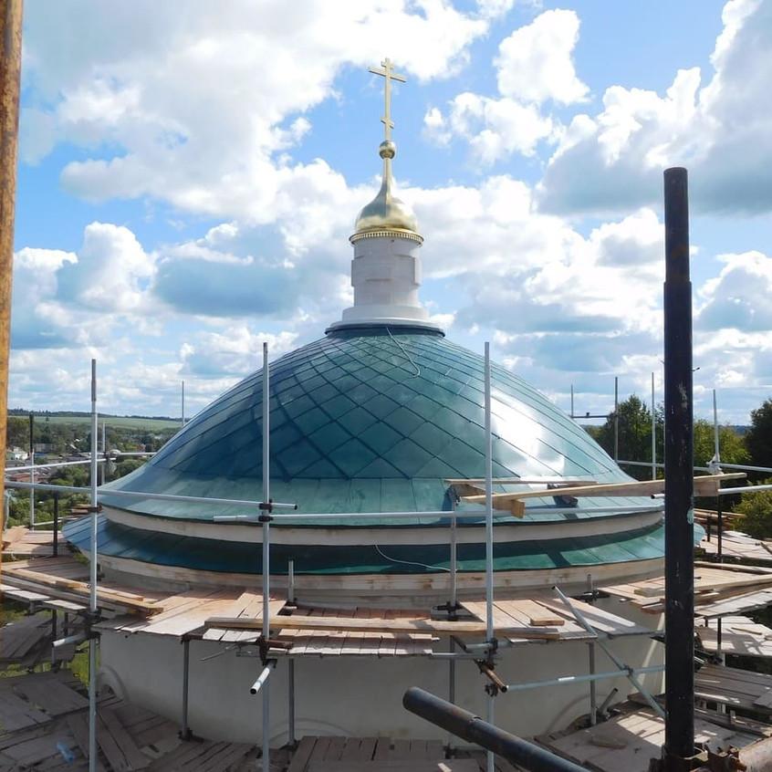 основной купол и крест