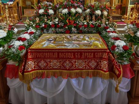 Великий Пяток в Троицком храме. Фотоотчёт.
