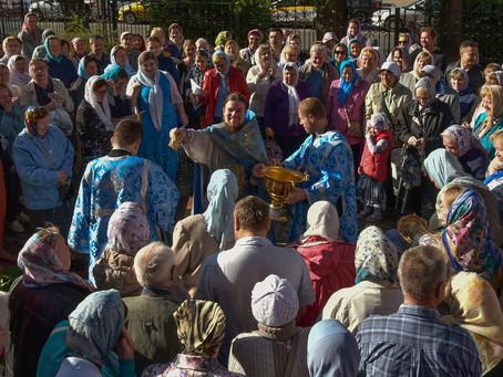 Празднование Успения Пресвятой Богородицы в Троицком храме г. Пушкино.