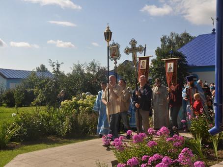 Престольный праздник в Страстном храм деревни Артёмово