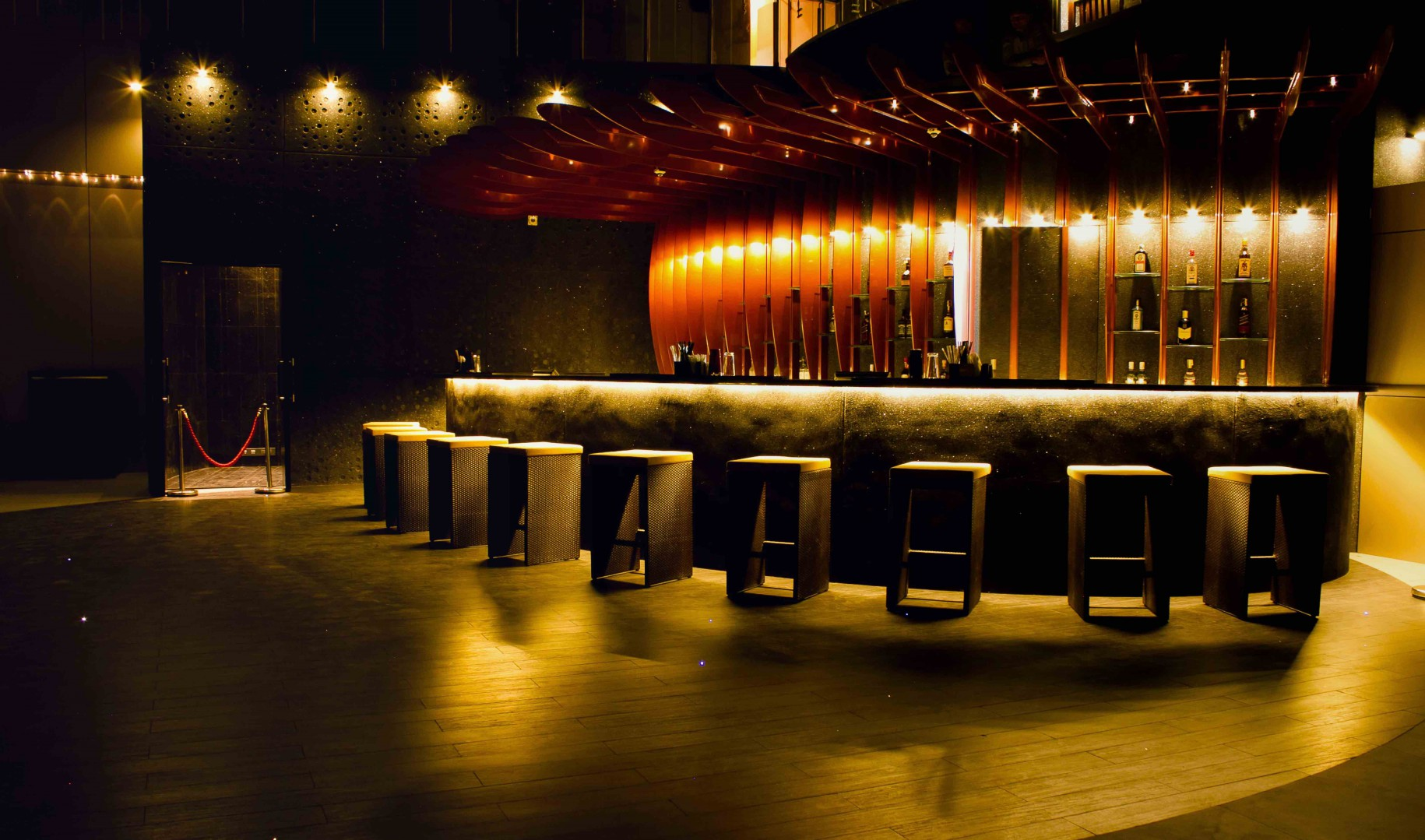 3-Night_Clubs