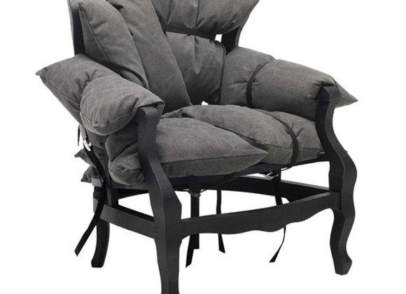 7 Pillows Armcahir by Mogg