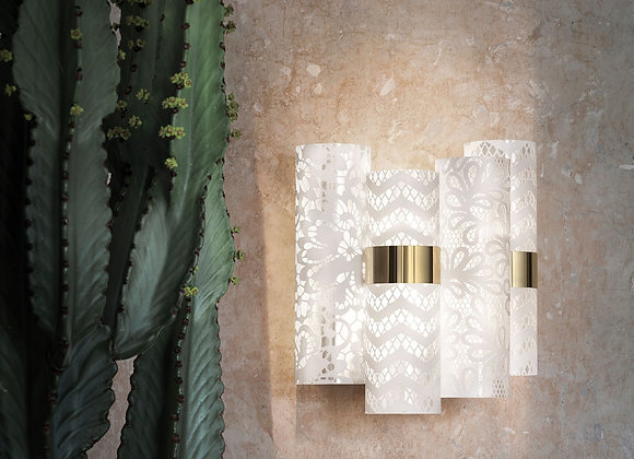 La Lollo Applique by Slamp