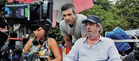 Peça, livro, filme: a agitada vida do ator Gustavo Vaz na pandemia