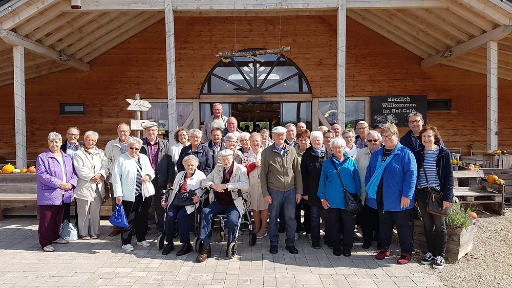 Die Senioren von Steffeln 2019 mit Sonja Blameuser