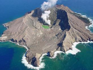 Volcans du Monde : Arnaud Guérin nous amène au coeur des volcans