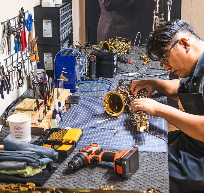 saxophone repair service