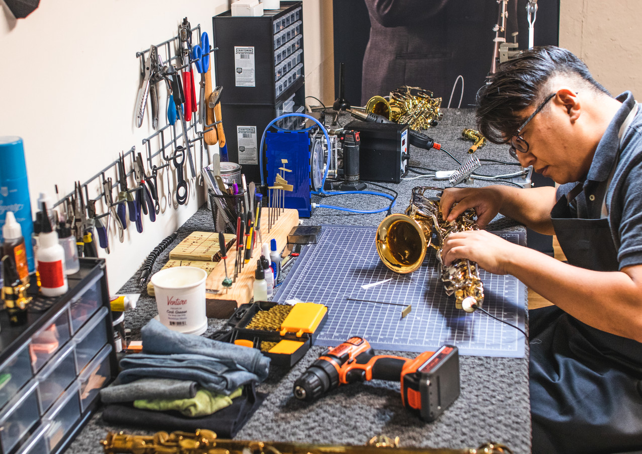 saxophone repair services