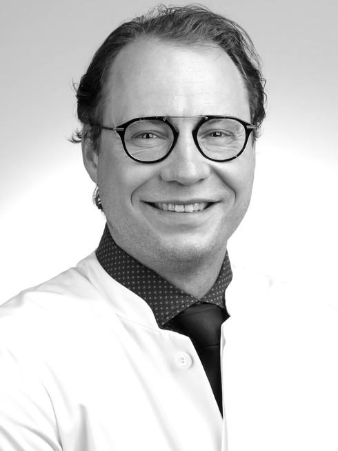 Julian Künzel, MD, MHBA