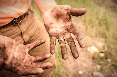 Dirty%2520Hands_edited_edited.jpg