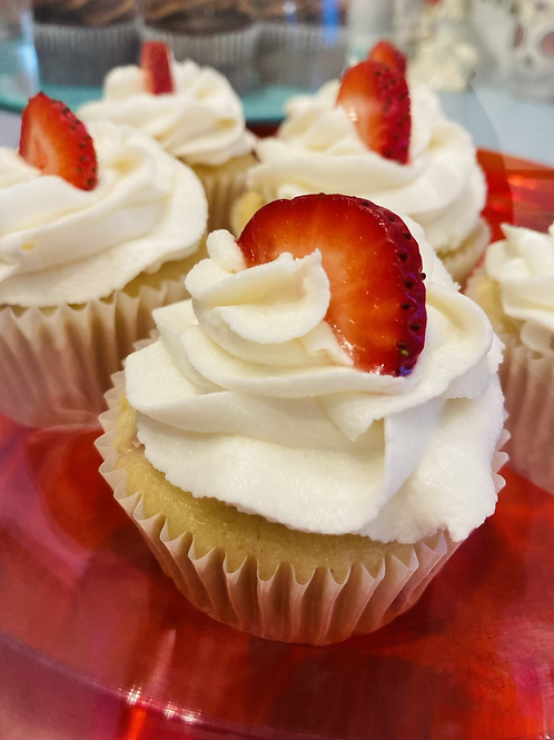 1/2 dozen cupcakes May 8, only! Mother's Day special !