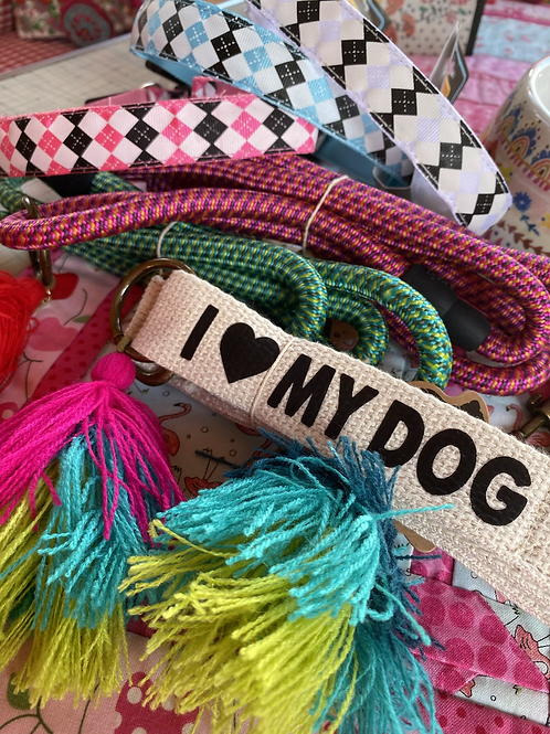 Choose ☝️ one dog leash or light up collar