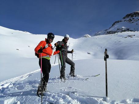 Pic de la Coma de Varilles en ski avec un guide.