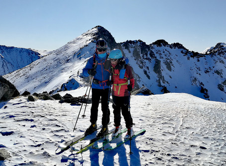 Ski de randonnée a la Collada d'engait avec un guide