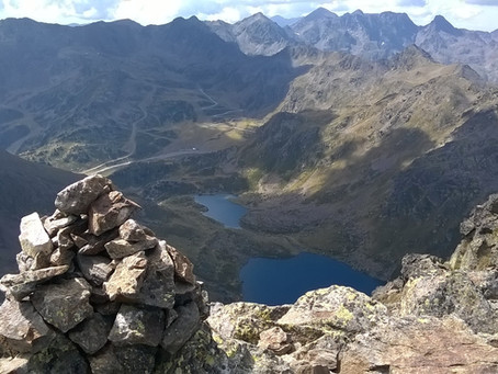 Pic de Tristaina aves un guide de montagne d'Andorre