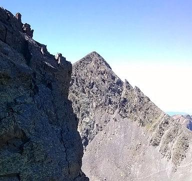 Cima del Roca Entravesada un 2900 d'Andorre vu de la crête de Raco fred medacorba