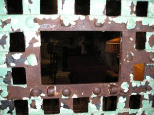 "Al Capone's cell w/ ""ghost"" lamp."
