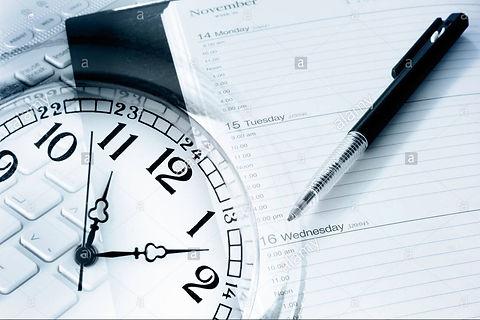 pen-diary-clock-and-computer-keyboard-DJ
