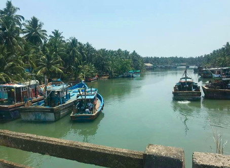 My Keralan Adventure - Part 2: Yoga, Theyyam, Puja and then...all aboard the houseboat!