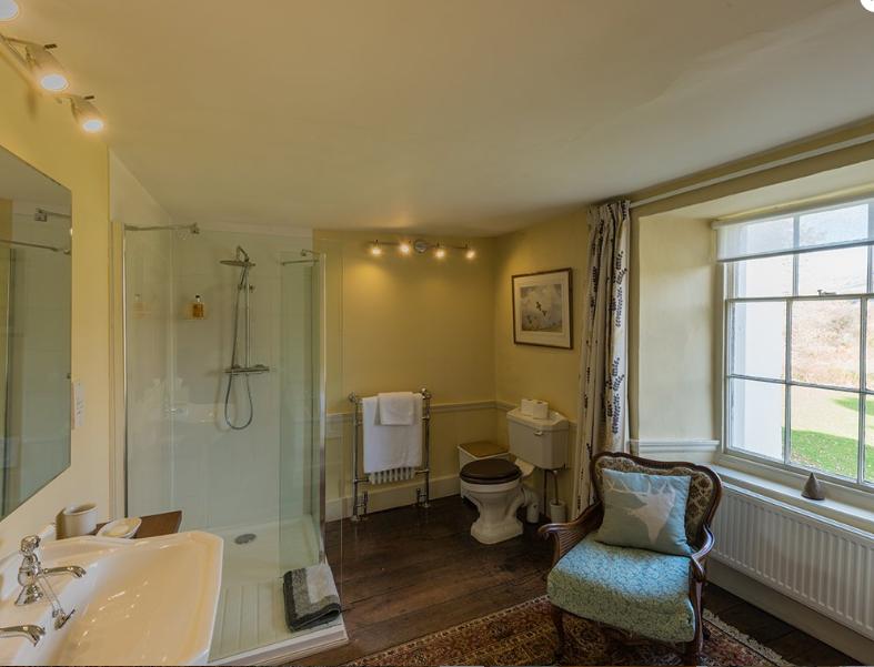 TJ Bathroom.png