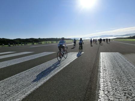 益田市 萩・石見空港 滑走路