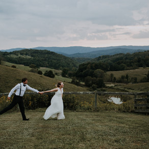 Gabrielle + Justin's Tennessee Vineyard Wedding