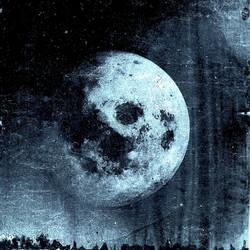 moon.blue.2